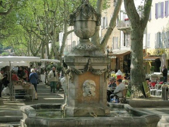 Cotignac 4 fontaines