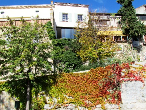 Fall in Le Castellet