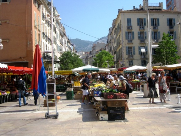 Toulon Market Cour Lafayette