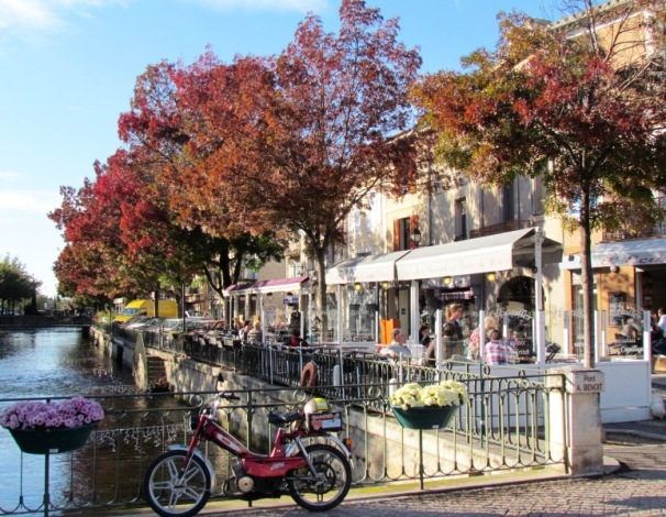 10 great reasons to visit provence in the fall belle provence travels - Iles sur la sorgue ...