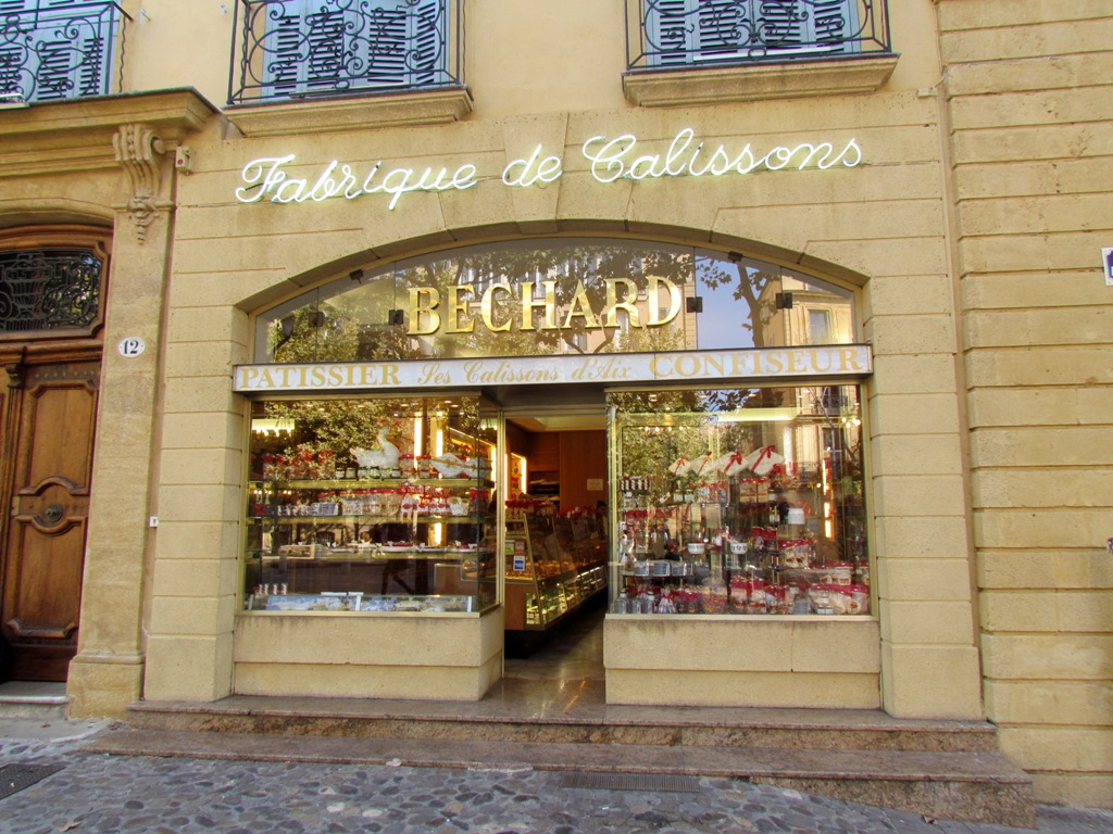 Pâtisserie Béchard in Aix-en-Provence, a friendly place to try out your French
